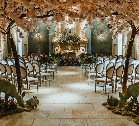 The archway or entranceway is an important place to decorate. This is your guests first experience with your theme so make it a statement